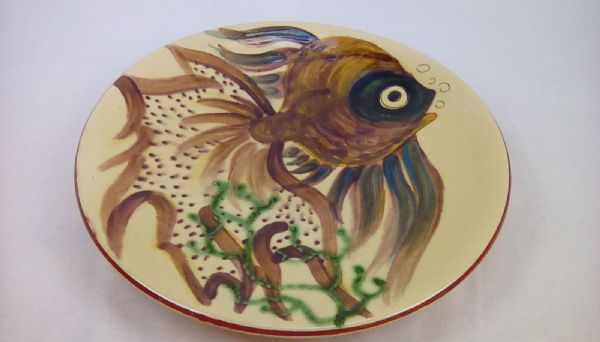 Puigdemont pottery large fish design plate